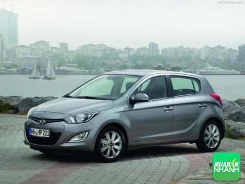 Đánh giá Hyundai i20 active