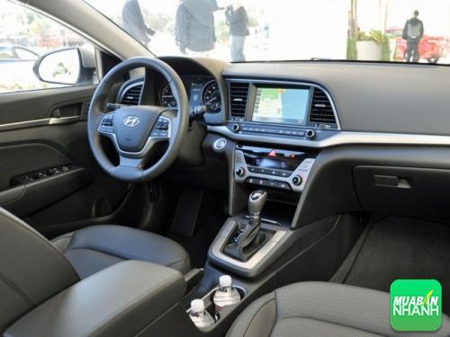 Trang bị nội thất Hyundai Elantra