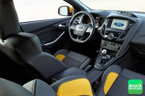 Thiết kế nội thất Ford Focus