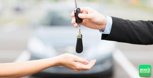 mua xe mới hay xe sang đã qua sử dụng?