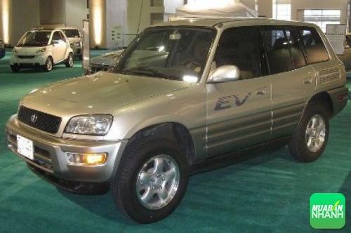 Toyota RAV4 cũ giá dưới 300 triệu