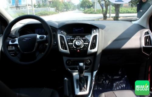 Nội thất Ford Focus