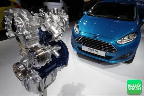 Động cơ ôtô hoạt động thế nào?