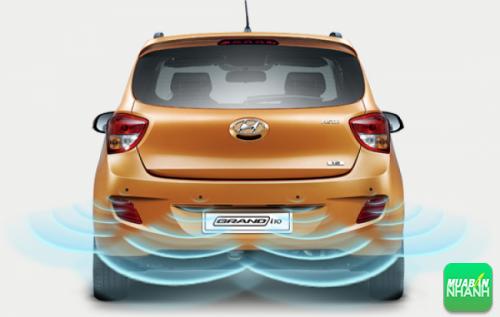 Cảm biến lùi của Hyundai Grand i10