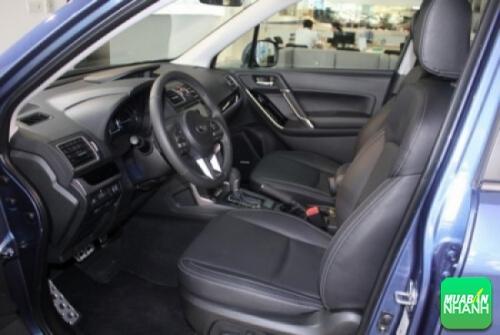 Nội thất Subaru Forester 2017 rộng rãi và gọn gàng hơn so với phiên bản cũ.