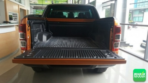 Thùng xe Ford Ranger Wildtrak 3.2 2017